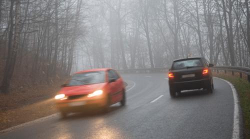 guidare-con-la-nebbia-min
