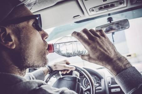 bere acqua fresca dal condizionatore auto